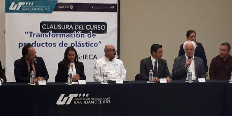 IECA promueve capacitacion en Plásticos impartida por un experto del SES de Alemania