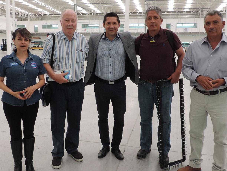 Asesora alemán a fabricantes de jabón artesanal en Dolores Hidalgo