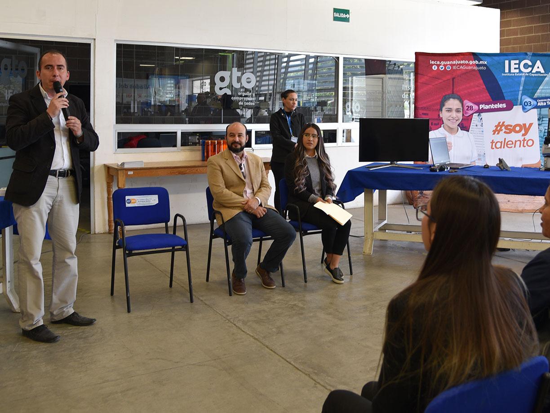 Reciben egresados de ITESA y UTSOE diploma al concluir curso en Maquinados y metrología