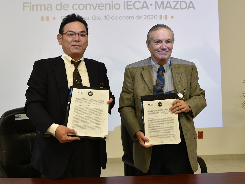 IECA y Mazda Motors firman convenio para capacitación